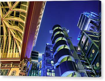 Lloyd's Of London And Leadenhall Market Canvas Print by Rod McLean