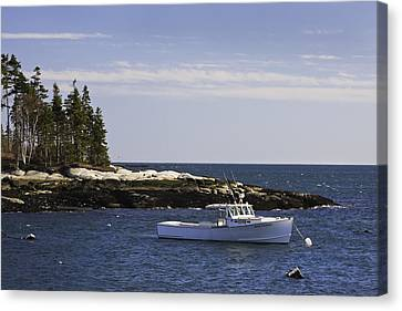 Lobsterboat In Spruce Head On The Coast Of Maine Canvas Print