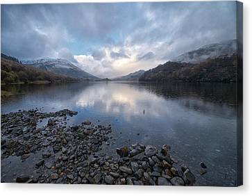 Canvas Print featuring the photograph Loch Lubnair by Stephen Taylor