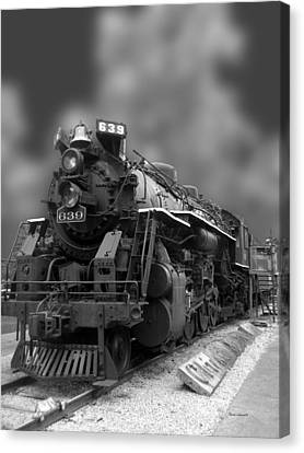 Locomotive 639 Type 2 8 2 Front And Side View Bw Canvas Print by Thomas Woolworth
