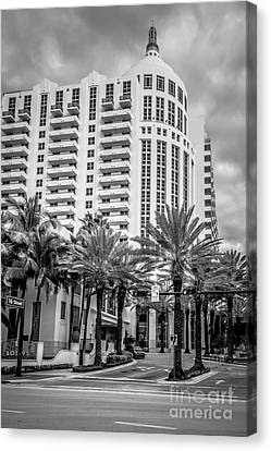 Loews Hotel On 16th Miami Beach - Black And White Canvas Print by Ian Monk