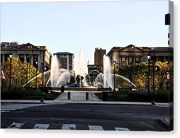 Logan Square Philadelphia Canvas Print by Bill Cannon