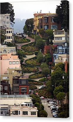 Lombard Street Canvas Print by David Salter