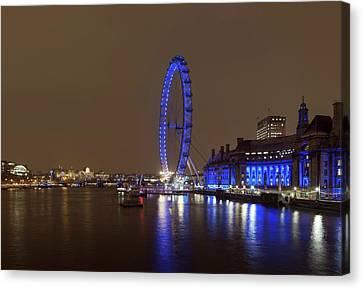 London Eye At Night Canvas Print by Daniel Sambraus
