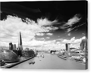 London Panorama Canvas Print by Chevy Fleet
