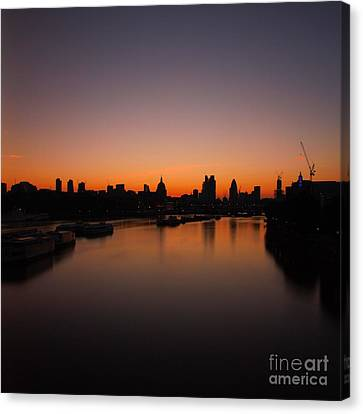 London Sunrise 2 Canvas Print