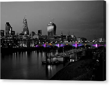 London Thames Bridges Bw Canvas Print