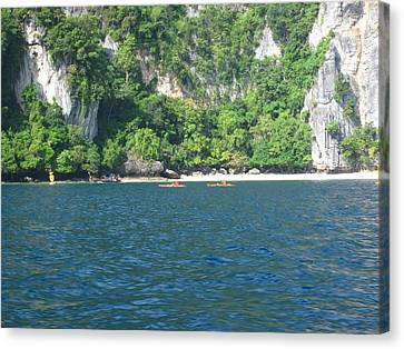 Long Boat Tour - Phi Phi Island - 011318 Canvas Print by DC Photographer