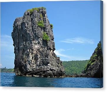 Long Boat Tour - Phi Phi Island - 0113193 Canvas Print by DC Photographer