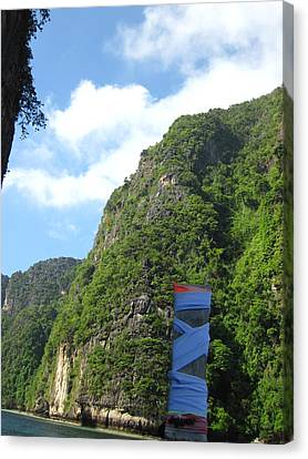 Long Boat Tour - Phi Phi Island - 011341 Canvas Print by DC Photographer