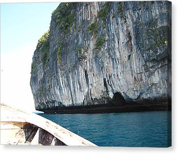 Long Boat Tour - Phi Phi Island - 011391 Canvas Print by DC Photographer