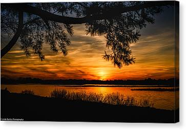 Canvas Print featuring the photograph Long Island Sunset by Linda Karlin