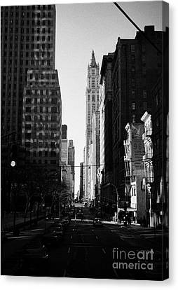 Looking South Down Broadway At Thomas Street Towards The Woolworth Building New York City Canvas Print by Joe Fox