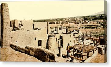 Los Pueblos De Taos Canvas Print by Underwood Archives