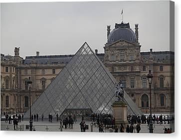 Louvre - Paris France - 011314 Canvas Print by DC Photographer