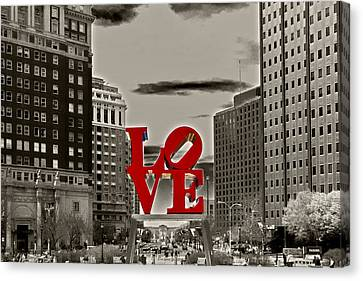Philadelphia Canvas Print - Love Sculpture - Philadelphia - Bw by Lou Ford