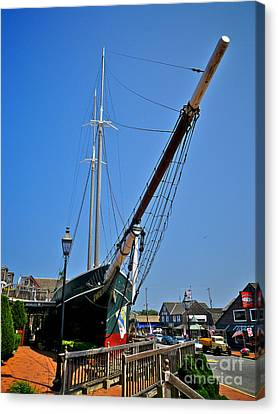 Lucy Evelyn At Schooner's Wharf Canvas Print by Mark Miller