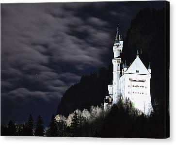 Ludwig's Castle At Night Canvas Print by Matt MacMillan