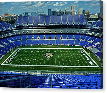 M And T Bank Stadium Canvas Print