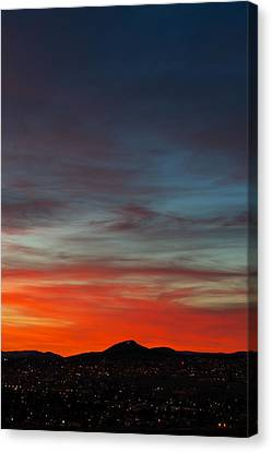 M On Fire  Canvas Print by Kevin Bone