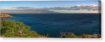 Canvas Print featuring the photograph Maalea Bay Overlook   by Lars Lentz