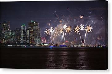 Macy's 4th Of July Fireworks  Canvas Print