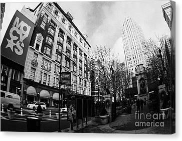 Macys At Broadway And 34th Street Herald Square New York City Canvas Print by Joe Fox