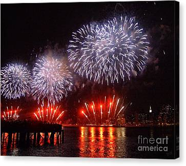 Macy's July 4th Fireworks In New York City Canvas Print by Nishanth Gopinathan