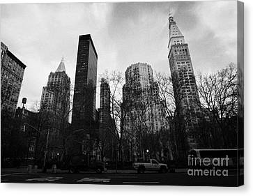 Madison Square Park Flatiron District New York City Canvas Print by Joe Fox