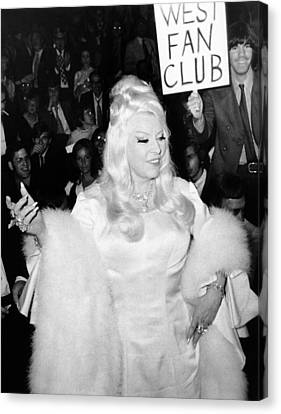 Mae West At Premiere Canvas Print by Underwood Archives