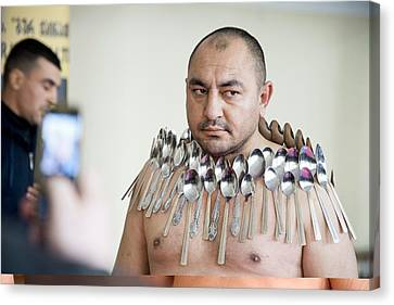 Magnet Man' World Record Attempt, Canvas Print by Science Photo Library