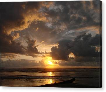 Canvas Print featuring the photograph Majestic Sunset by Athena Mckinzie