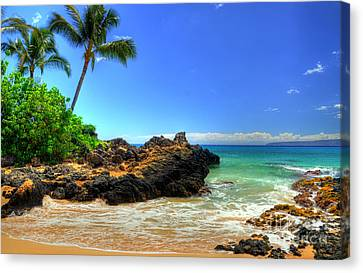 Makena Secret Cove Paako Beach Canvas Print by Kelly Wade