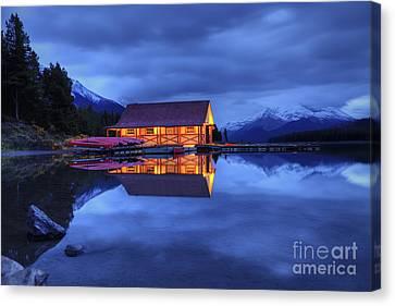 Maligne Lake Boat House Before Dawn Canvas Print by Dan Jurak