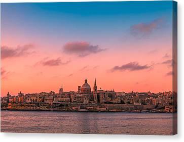 Malta 03 Canvas Print by Tom Uhlenberg