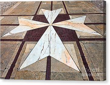 Maltese Croos The Yard Of Palazzo Vilhena Mdina Canvas Print