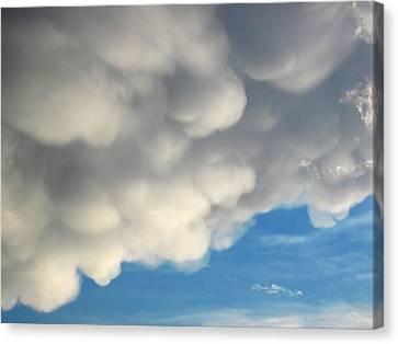 Mammatus Clouds Canvas Print by Lara Ellis
