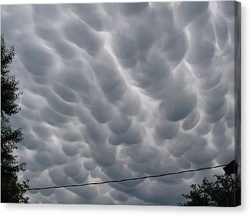 Mammatus Clouds Over Yorkton Canvas Print