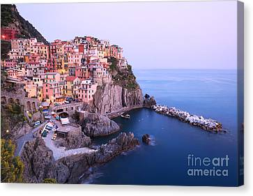 Manarola At Dusk In The Cinque Terre Italy Canvas Print