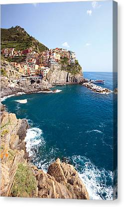 Manarola In The Cinque Terre Italy Canvas Print by Matteo Colombo