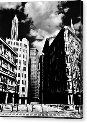 Manhattan Highlights B W Canvas Print by Benjamin Yeager