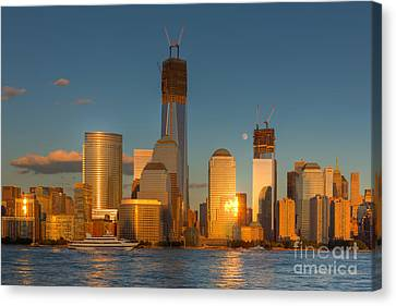 Manhattan Sunset Reflections IIi Canvas Print by Clarence Holmes
