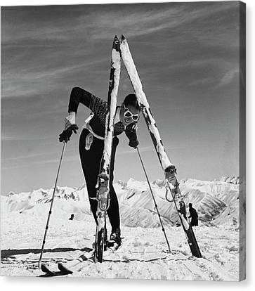 1941 Canvas Print - Marian Mckean With Skis by Toni Frissell