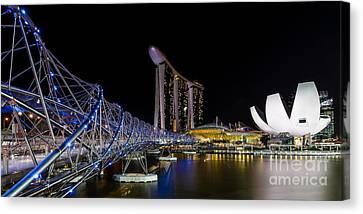 Marina Bay Sands Canvas Print by Pete Reynolds