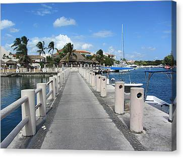 Marina Perspective Canvas Print