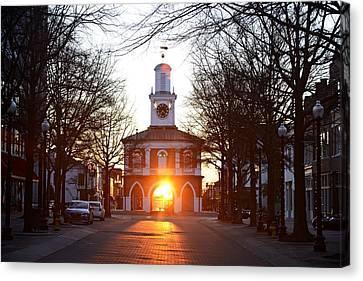 Market House Sunrise - Fayetteville - January 28 2015 Canvas Print by Matt Plyler