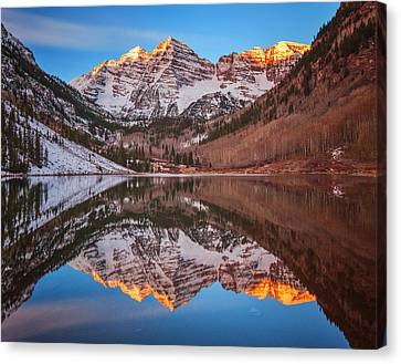 Maroon Bells Alpenglow Canvas Print by Darren  White
