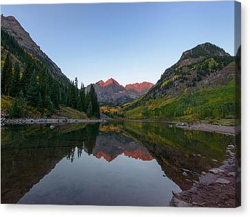 Maroon Bells Sunrise Canvas Print by David Yack