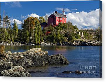 Marquette Harbor Light - D003224 Canvas Print