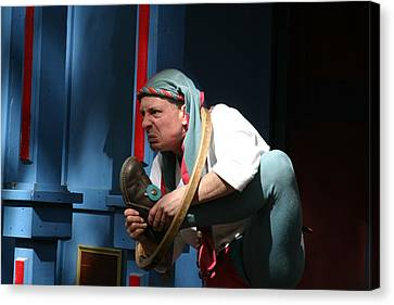 Maryland Renaissance Festival - A Fool Named O - 121234 Canvas Print by DC Photographer